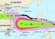 Bão số 8 áp sát Hà Tĩnh - Quảng Trị, bão số 9 hướng vào Biển Đông