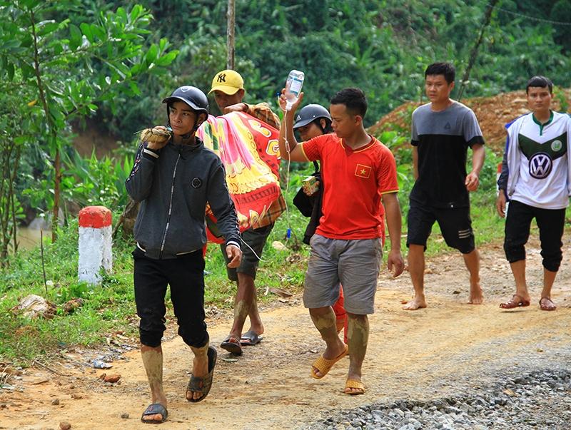 Lời kể của người cứu được 3 nạn nhân vụ sạt lở tại Trà Leng