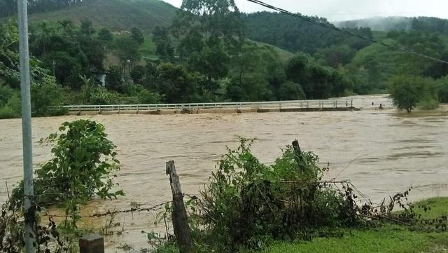 Bắc và Trung Trung Bộ mưa diện rộng, cảnh báo lũ quét, sạt lở và ngập lụt
