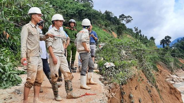 Quảng Nam đề nghị tiếp tế lương thực cho 3.000 dân bằng trực thăng - 5