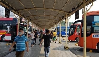 Hà Nội: Xe khách liên tỉnh, xe buýt kế cận hoạt động 10-20%