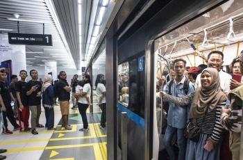 tin tuc the gioi 1811 dan indonesia tich cuc di metro vuot mong doi cua chinh quyen