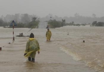 Cảnh báo ngập lụt, sạt lở tại miền Trung và Tây Nguyên