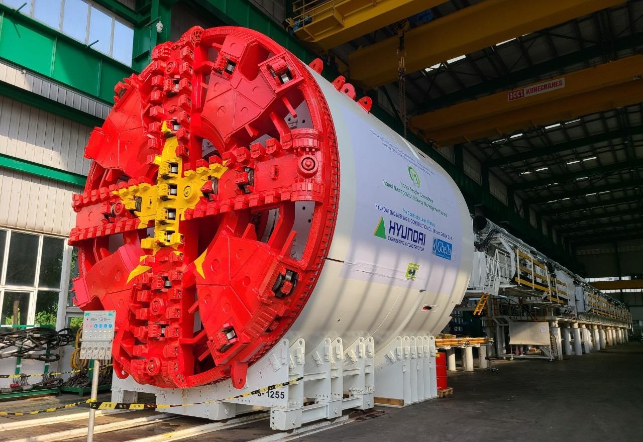 Máy đào hầm đầu tiên của tuyến đường sắt đô thị Nhổn - ga Hà Nội đã về nước