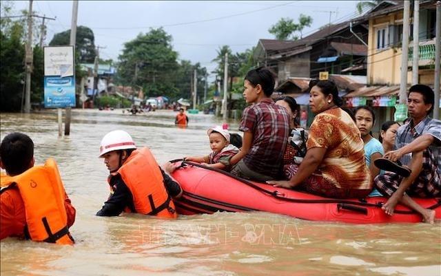 Ứng phó bão số 12: Kích hoạt phương án sơ tán hơn 400.000 dân 5 tỉnh Nam Trung Bộ