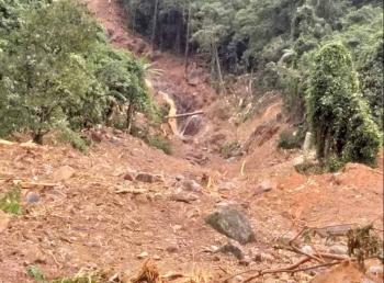 Quảng Trị: Người dân lo lắng vì nhiều tiếng nổ lớn phát ra trên núi