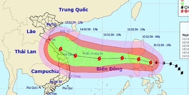 """Bão số 13 """"quét"""" dọc ven biển Quảng Ngãi - Thanh Hóa, miền Trung mưa lớn kéo dài"""