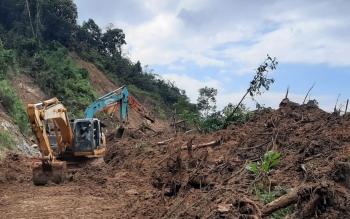 Vụ sạt lở đất tại huyện Phước Sơn: Mở rộng tìm kiếm nạn nhân xuống lòng hồ thủy điện Đăk Mi 4