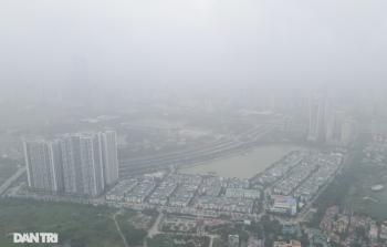 """Xuất hiện hiện tượng nghịch nhiệt, Hà Nội chìm trong màn """"sương đục"""""""