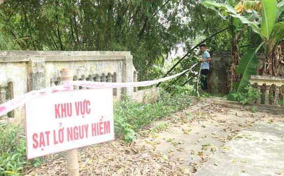 Hà Nội: Công bố tình trạng khẩn cấp sạt lở bờ sông Đáy, sông Bùi