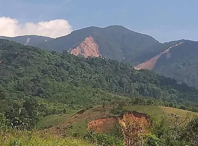Quảng Trị: Người dân vùng sạt lở đất sống trong thấp thỏm - 4