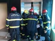 Hà Nội: Giải cứu 38 người mắc kẹt trong thang máy