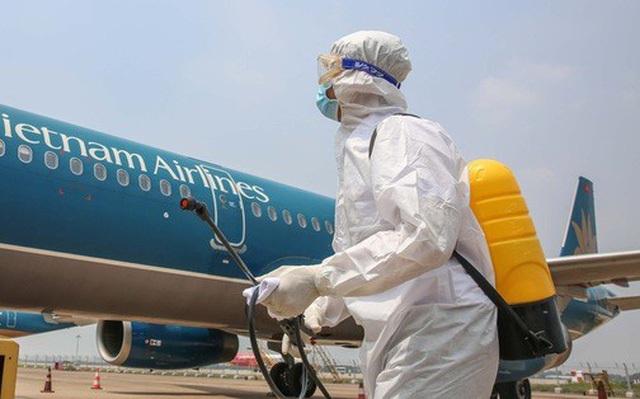 Covid-19 phức tạp, giảm thuế bảo vệ môi trường để hỗ trợ hàng không - 1