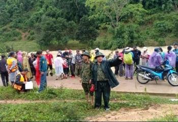 Vụ 45 du khách leo núi mắc kẹt: Chấn chỉnh người dẫn đường