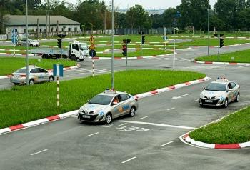 Tăng cường giám sát, nâng cao chất lượng các kỳ sát hạch lái xe