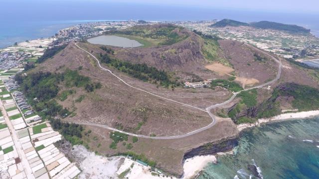 Quảng Ngãi đề nghị cho đảo Lý Sơn tiếp tục hưởng chế độ ưu tiên - 1