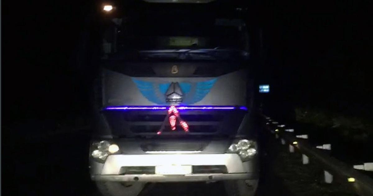 Xe tải chạy ngược chiều gần 30km trên cao tốc Nội Bài - Lào Cai