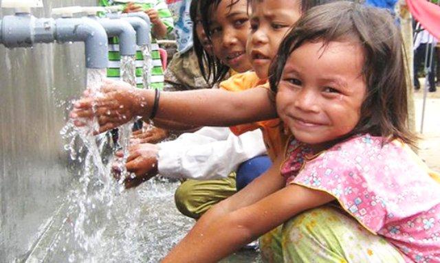 Nước sạch vẫn chưa đến được với trên 30 triệu người dân nông thôn