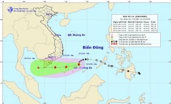 Bão số 14 mạnh thêm trên Biển Đông, cảnh báo biển động, gió giật mạnh
