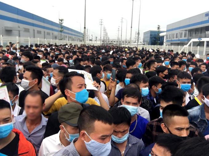 Vào tháng 9, cũng đã xảy ra vụ đình công của hàng nghìn công nhân Luxshare -ICT tại Bắc Giang.