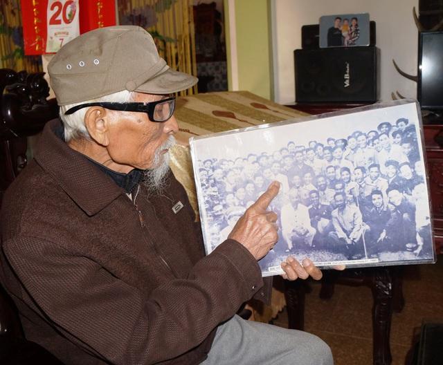 Người lính gần 100 tuổi kể về nhiệm vụ bảo vệ đại bàng trắng chở Bác Hồ - 2