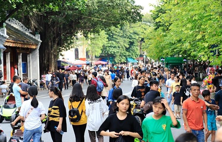Hà Nội mở rộng không gian đi bộ thêm 8 tuyến phố