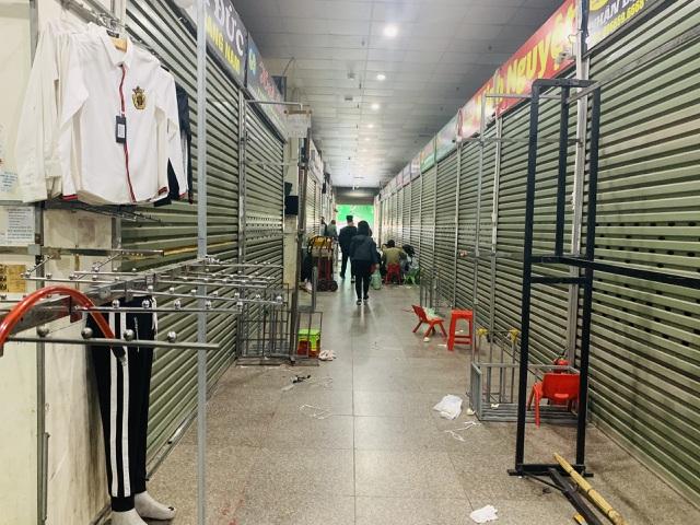 Lạ chưa từng thấy: Tiểu thương chợ Ninh Hiệp đồng loạt đóng cửa áp Tết - 4