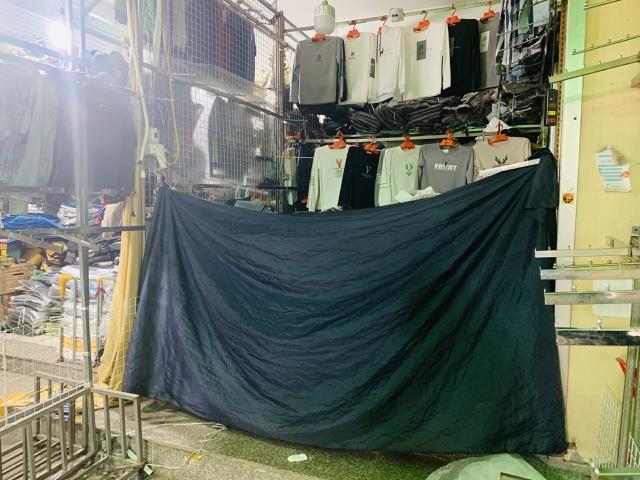 Lạ chưa từng thấy: Tiểu thương chợ Ninh Hiệp đồng loạt đóng cửa áp Tết - 5