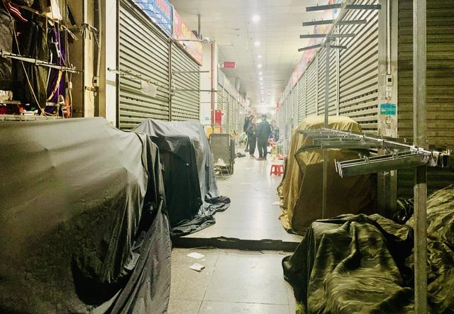 Lạ chưa từng thấy: Tiểu thương chợ Ninh Hiệp đồng loạt đóng cửa áp Tết - 3