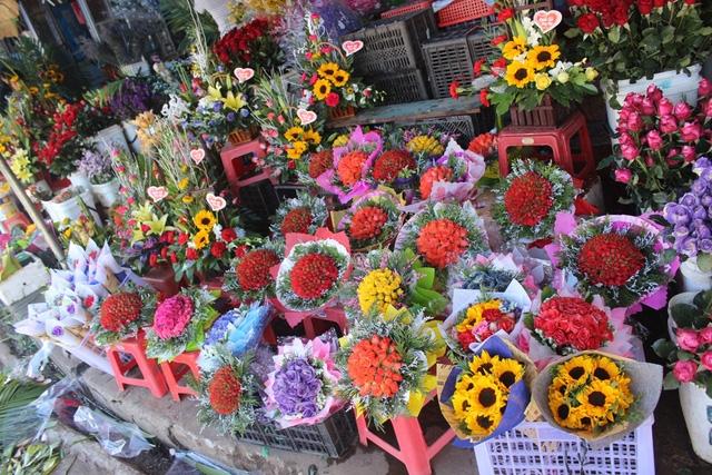 can ke 2010 hoa tuoi tang gia manh