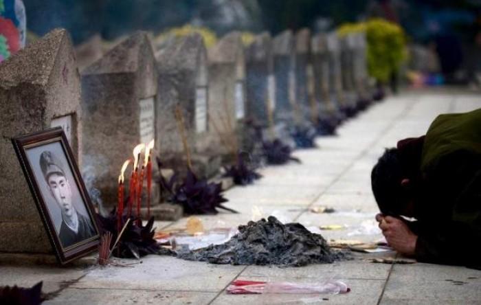 Chiến tranh biên giới Việt-Trung 1979: Man rợ chiến thuật 'biển người'
