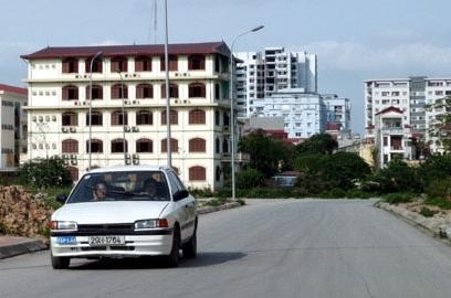 Bát nháo dịch vụ đào tạo lái xe