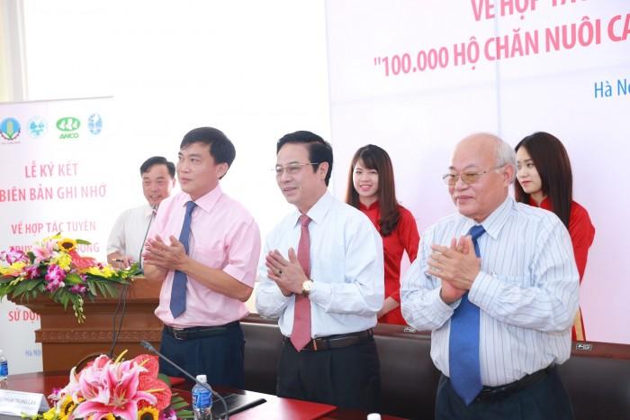 van dong 100000 ho chan nuoi khong su dung chat cam