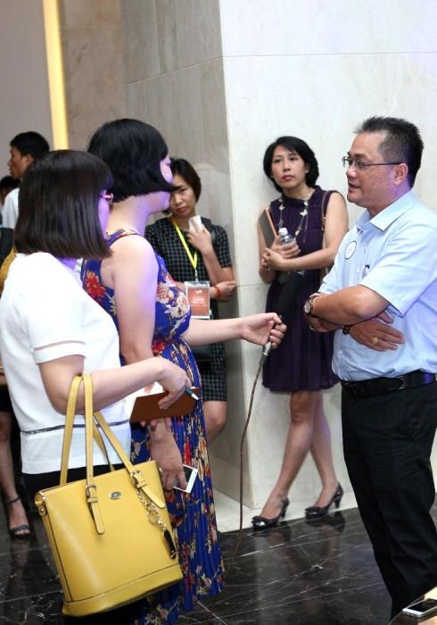 1500 khach hang tham du le ra mat vinhomes thang long