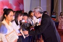 Ajinomoto đồng hành cùng trẻ em nghèo hiếu học