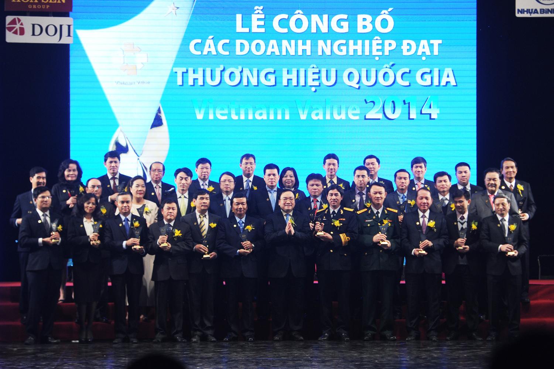 Vinamilk tiếp tục được vinh danh Thương hiệu Quốc gia năm 2014