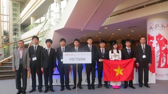 viet nam dang cai to chuc olympic vat ly chau a 2018