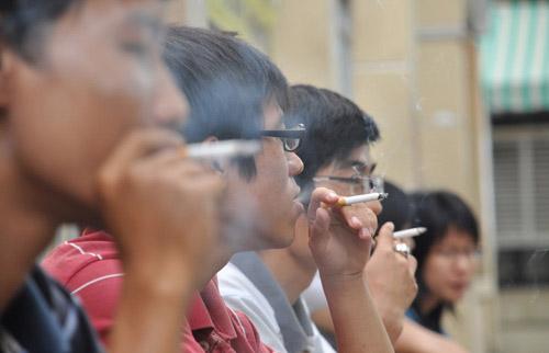 Tăng thuế thuốc lá