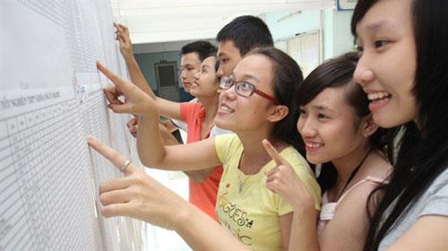 Hà Nội hạ điểm chuẩn vào lớp 10 trường chuyên