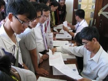 Các trường đại học đồng loạt công bố điểm chuẩn