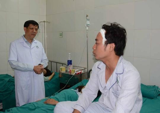 Miễn viện phí cho các nạn nhân vụ tai nạn ở Sapa