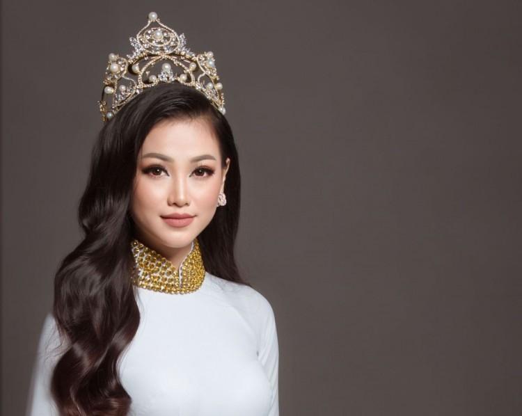 sao viet 811 chiem quoc thai len tieng ve tin don voi miss earth phuong khanh