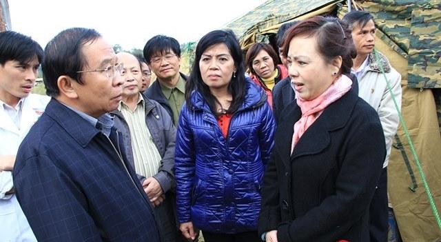 Bộ trưởng Y tế đến hiện trường vụ sập hầm Đạ Dâng