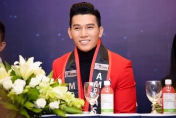 Siêu mẫu Ngọc Tình tham dự Nam vương Đại sứ Hoàn vũ 2016