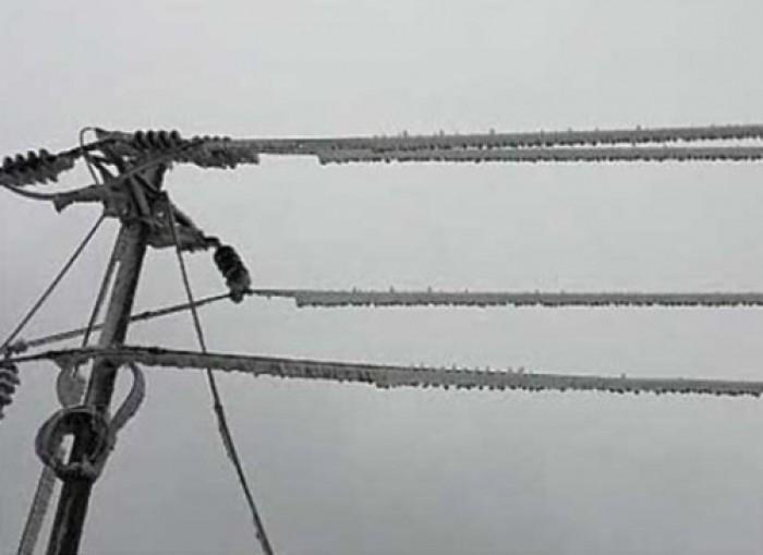 Mất điện do băng tuyết
