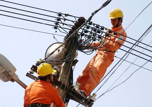 Trọn tuổi nghề cho niềm tâm huyết ngành điện