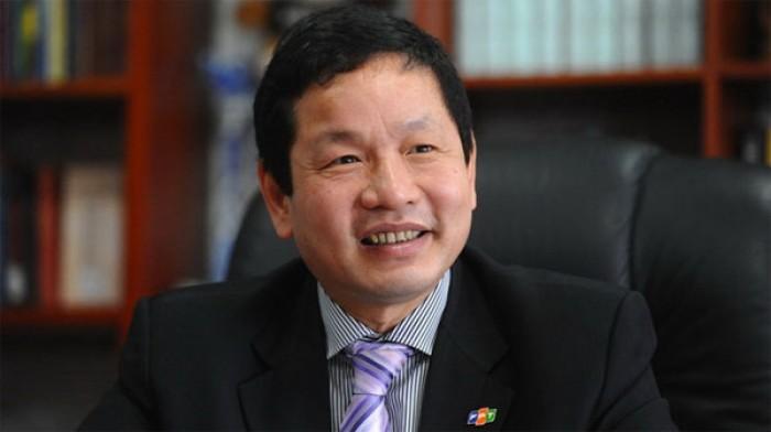 Chủ tịch FPT nhận  trăm tỉ cổ tức
