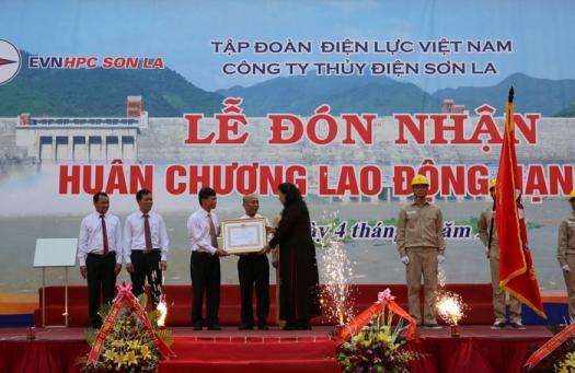 cong ty thuy dien son la don nhan huan chuong lao dong hang nhi