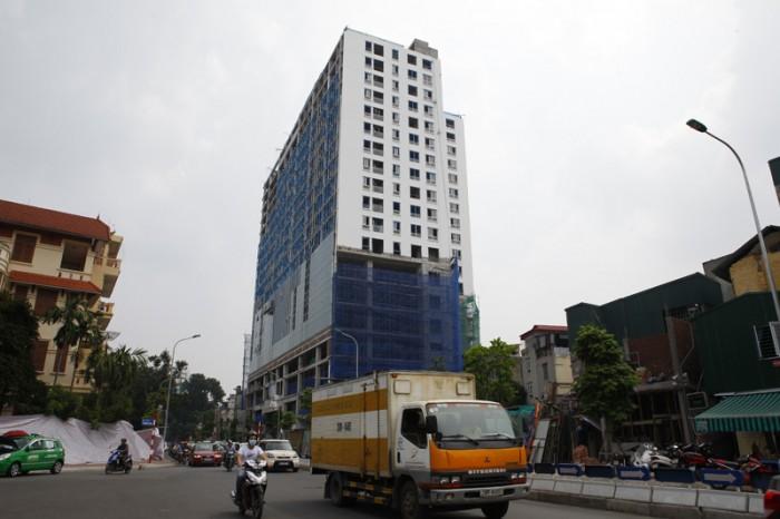 Phạt hành chính chủ đầu tư tòa nhà 8B Lê Trực… 100 triệu đồng