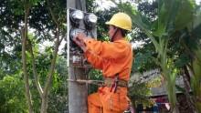 Làm thợ điện giữa rừng Trường Sơn
